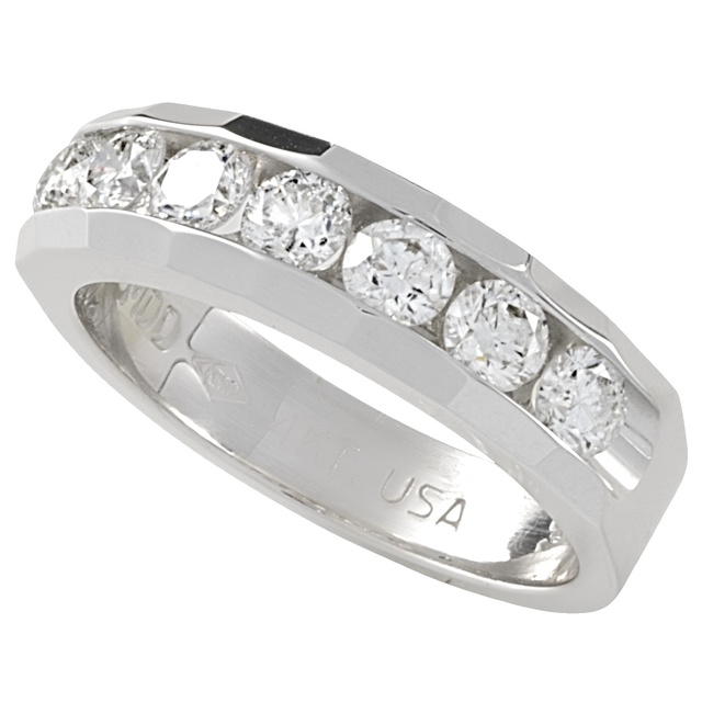 Lady's Faceted Machines Set Diamond Ring