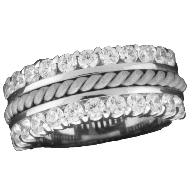 Double Row Machine Set Diamond Ring With Rope